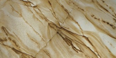 natural-stones-quartzite-quartzito-spiderman-classico-tumb