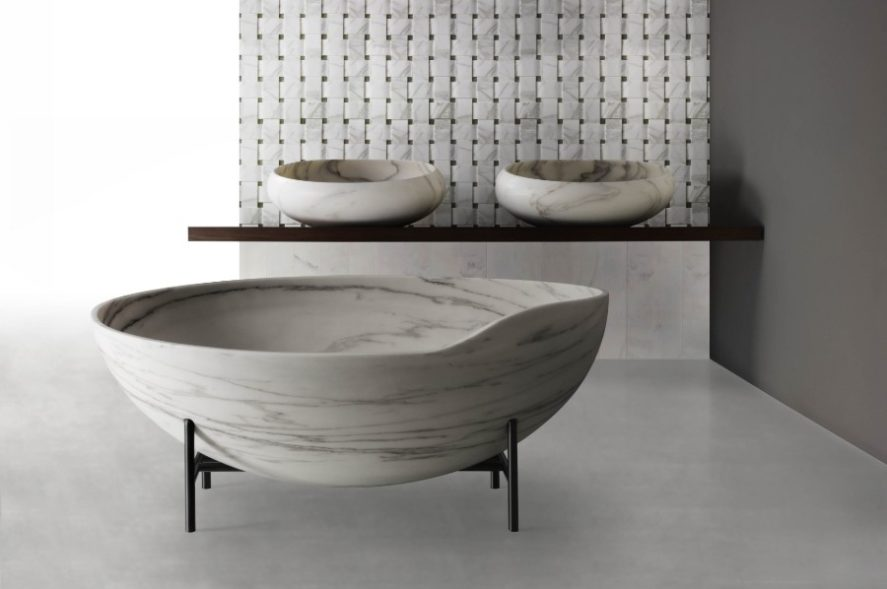Kora tub in white and grey stone in a minimialist bathroom
