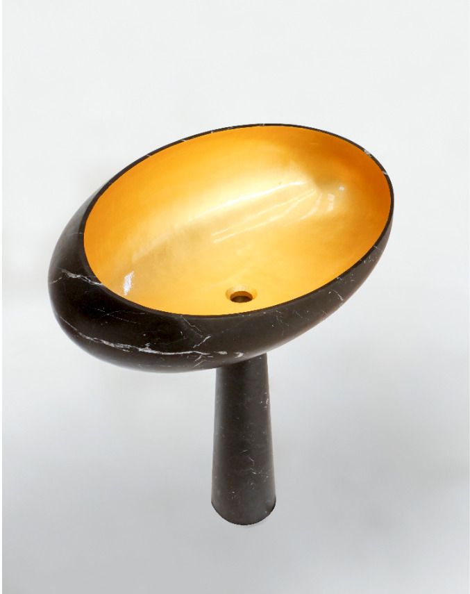 Gong standing sink black stone and gold leaf