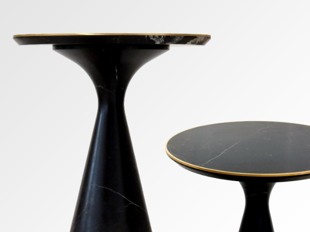 2 Pedina end tables in black marble with gold metal accents